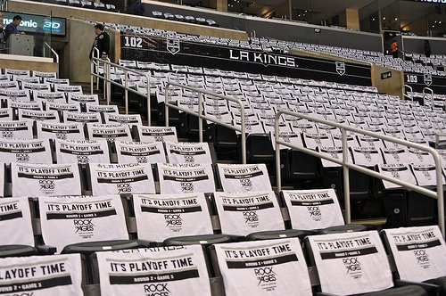 LA King Rally Towels